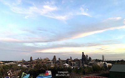 Star Wars Galaxy's Edge Opening At Disneyland And Walt Disney World